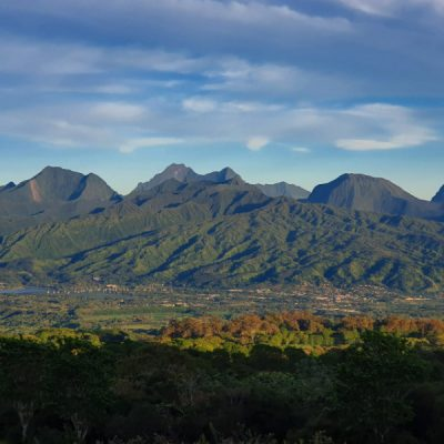 Belvedere de Taravao Tahiti zwei wollen meer
